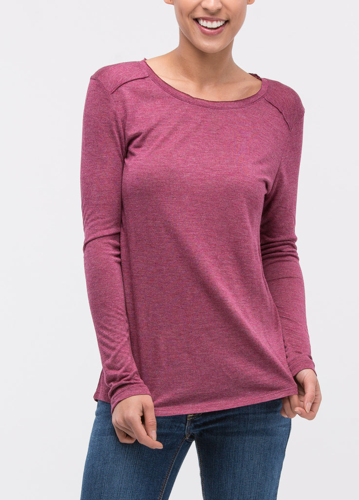 Long Sleeve Round Neck Tee in Wine