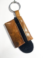 Bíst with keyring