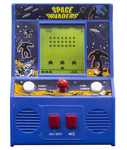 Space invaders arcade classic game