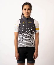 Load image into Gallery viewer, Common Empire Womens Wind Vest