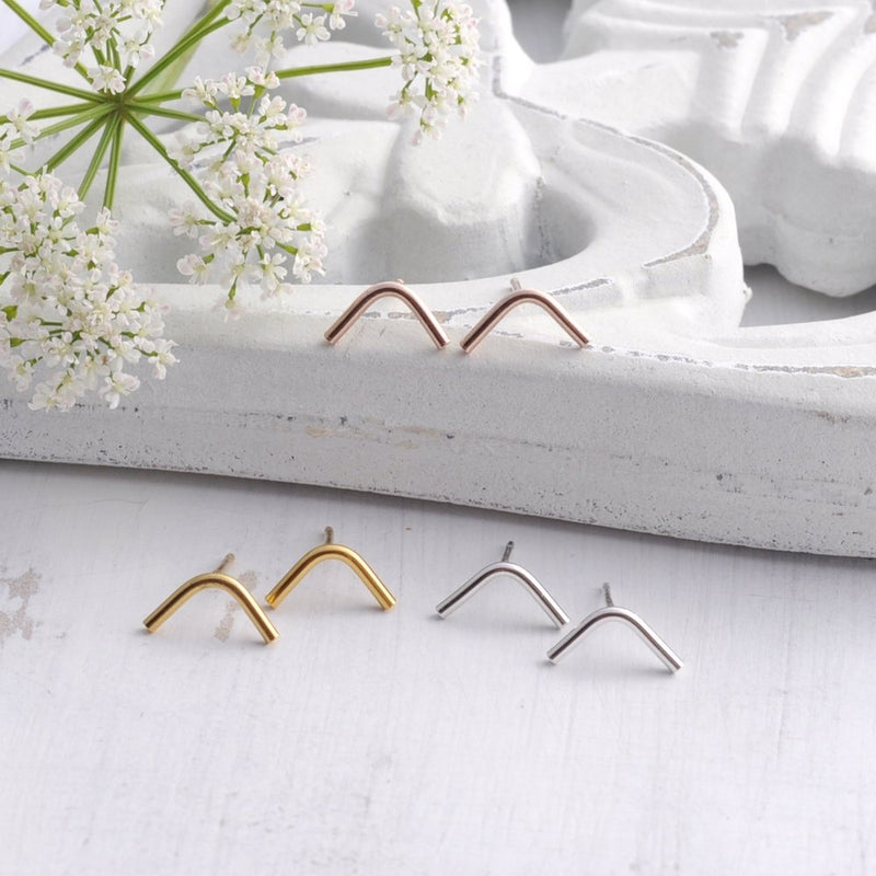 Chevron Curved Bar Stud Earrings