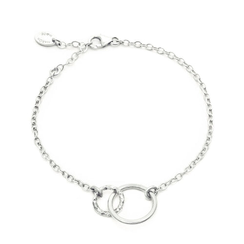 Interlocking Eternity Circle Bracelet