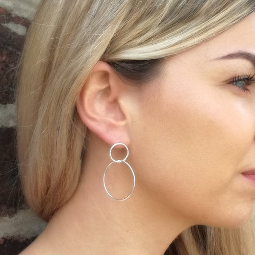 Geometric Circle Linked Drop Earrings