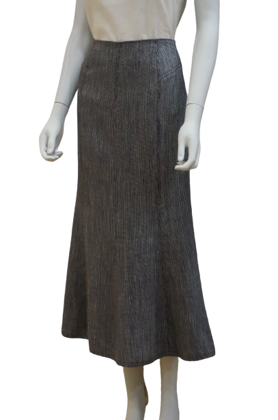 LONG PANELLED LINEN SKIRT WITH SWING HEM