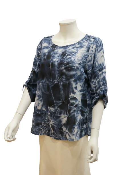 ADJUSTABLE 3/4 SLEEVE PRINTED VISCOSE BLOUSE