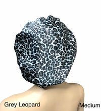 Load image into Gallery viewer, Reversible Leopard Satin Bonnet