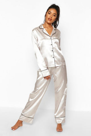 White Long Sleeve Satin Pajamas (Pre-Order Only)