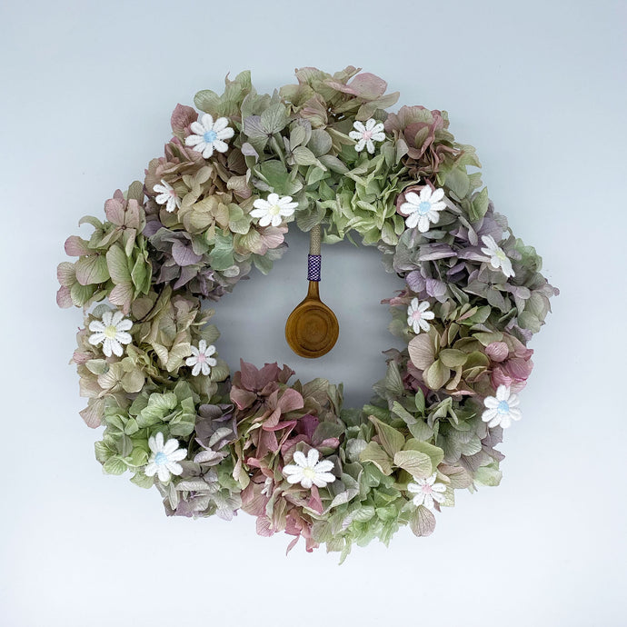 【リース】あじさいと刺繍の花のリース/Wreath with hydrangea and Embroidered flowers