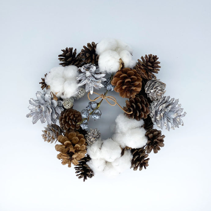 [Wreath] Wreath with cotton and pinecone