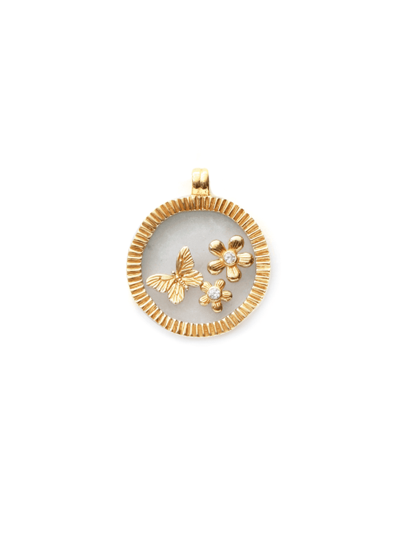 Amazon Pendant - Gold