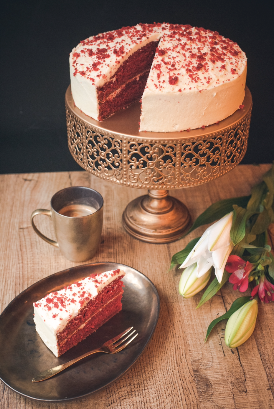 Whole Red Velvet Cake (26cm)