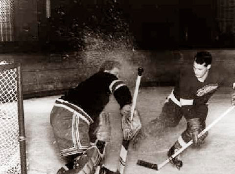 Gordie Howe Point Blank 1951