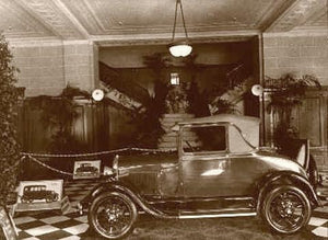 "Ford Dealer Showroom ""The new Model"" 1925"