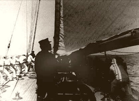 New York Americas Cup On Board The Defender 1899