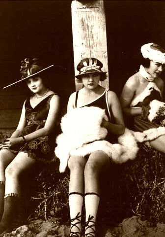 Ziegfeld Girls Afternoon Rays 1919