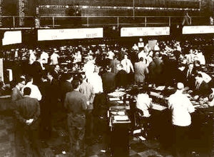 CHICAGO STOCK EXCHANGE TRADING ON THE FLOOR 1948