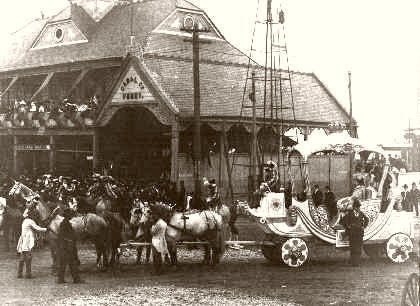 The Royal Chariot During Mardi Gras 1907