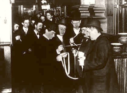 NEW YORK STOCK EXCHANGE SPECULATORS CHECKING THE TAPE 1895