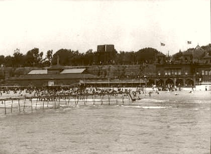 Santa Monica At The Beach 1900