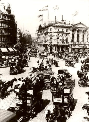 London Piccadilly Circus 1903