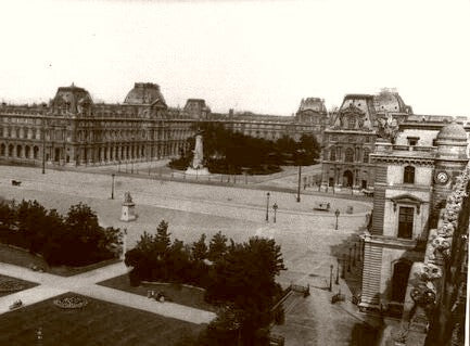 Paris The Louvre 1900