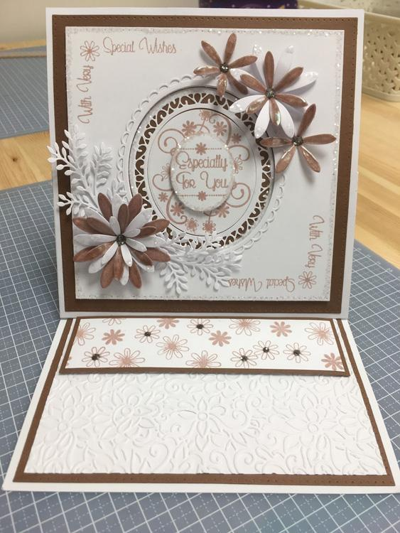 Creative Expressions: Dainty Daisies Everyday Sentiments A5 Clear