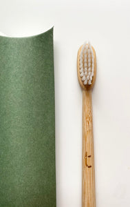 MOSS GREEN Toothbrush + 1 Months Supply of Truthtabs 'Starter Set'