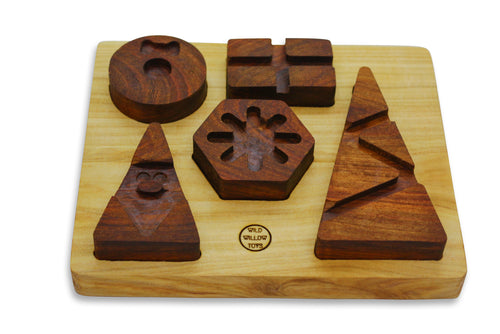 Christmas-wooden-geometric-shape-puzzle-with-wood-base