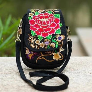 Red flower ethnic small bag