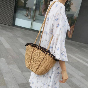 Straw beach bag with crossbody strap