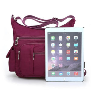 women bag can hold ipad