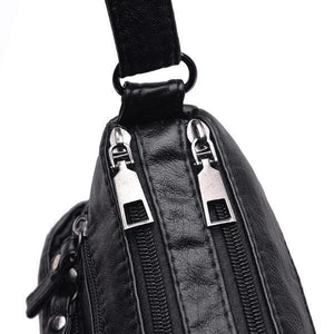 Black vegan leather bag with 2 zippered pocket