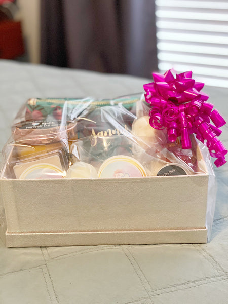 Personalised Candle & Bath Hamper