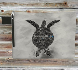 Black And White Honu Clutch