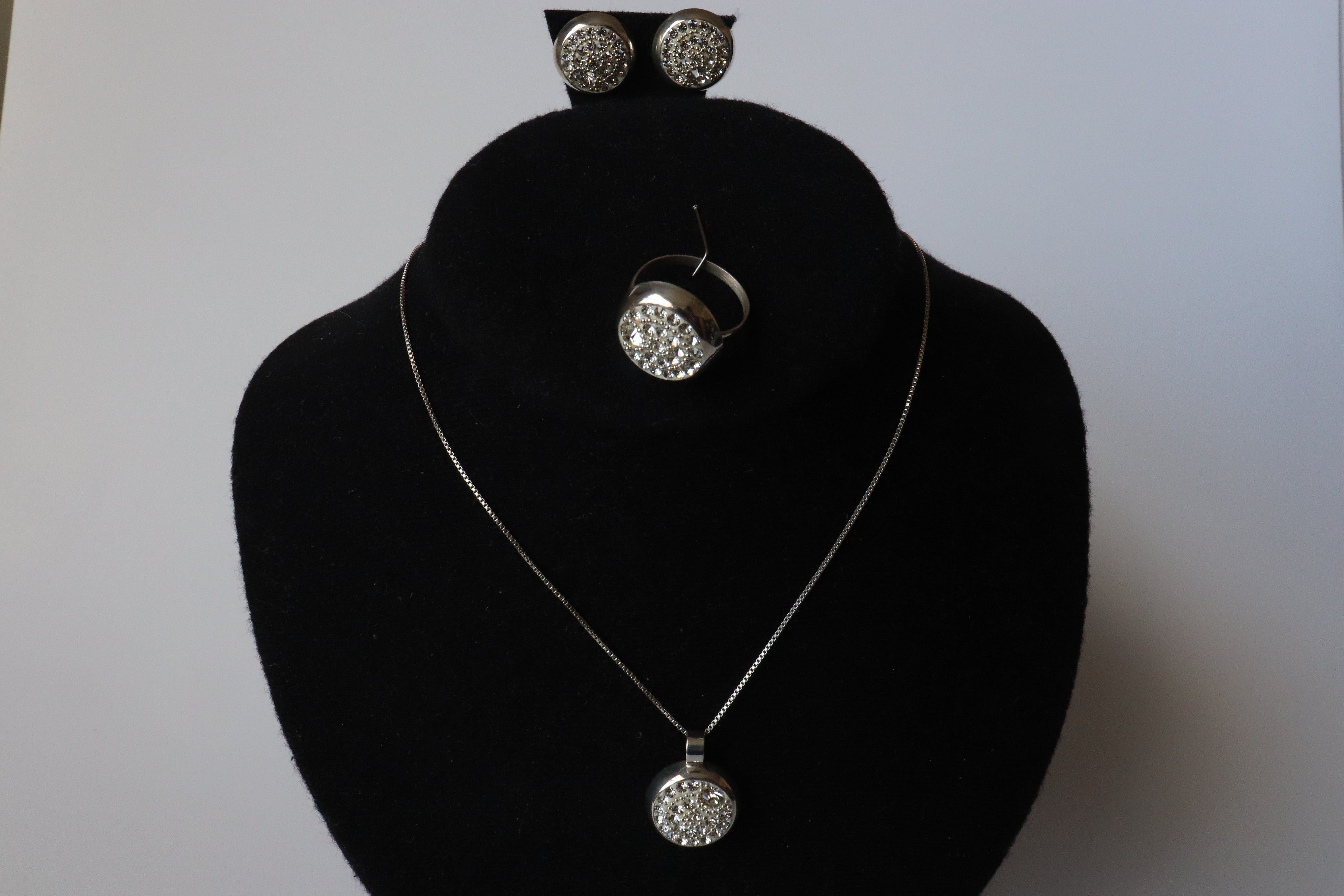100$ Sterling .925 Silver White Zircon Stone, Necklace Earrings and Ring Sets Dubai Design
