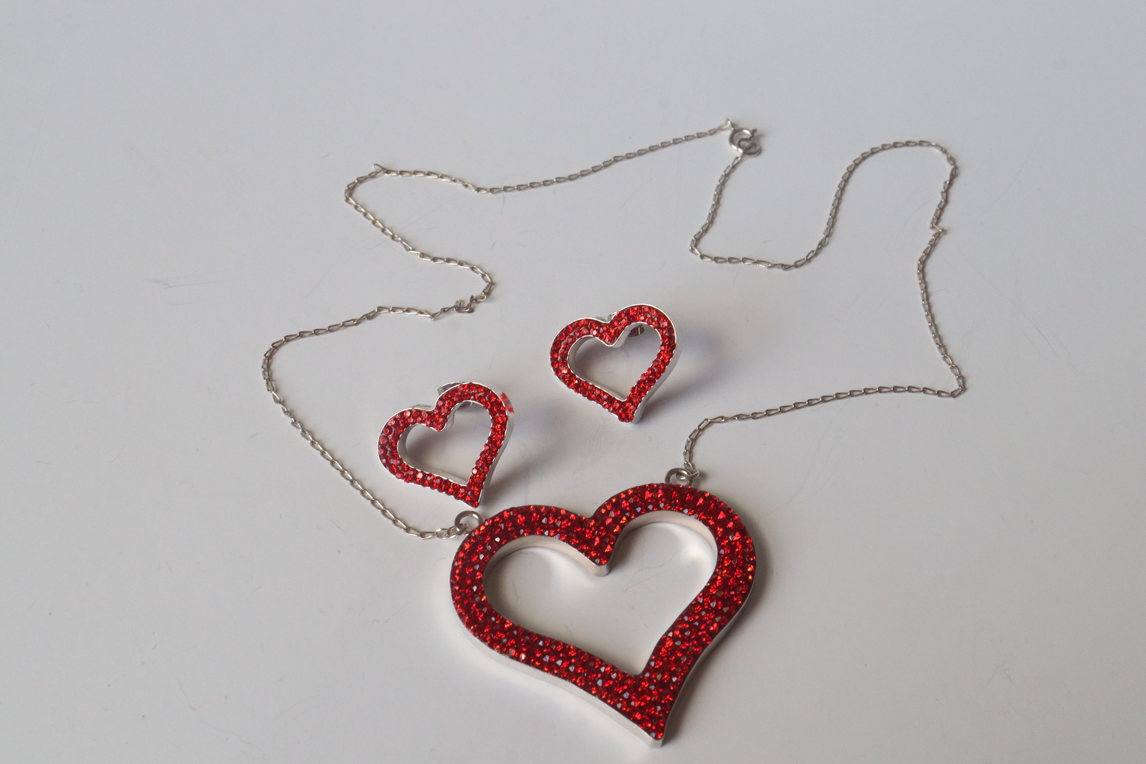 100% Sterling .925 Silver Set of Glued Necklace and Earrings Heart Design, Good for Valentine gift