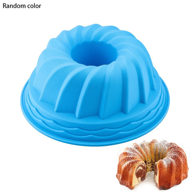 3D Shape Random Color Silicone Pastry Cake Mold DIY Baking Tools