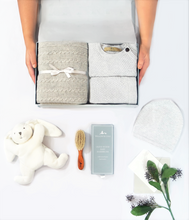 Load image into Gallery viewer, Willow & Cole Premium Newborn Baby Gift Set