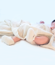 Load image into Gallery viewer, cashmere blanket on baby