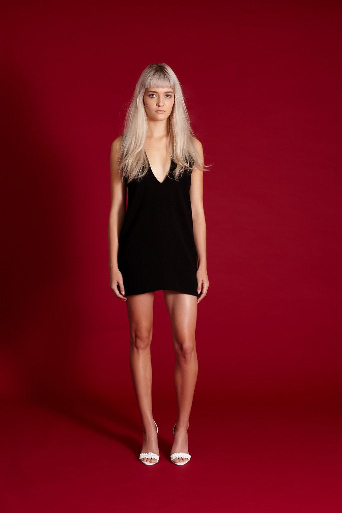 SOLD OUT Midnight the Label Deep V Mini Black