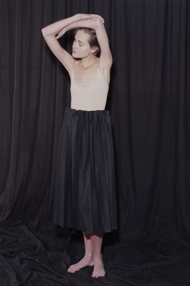 Articles of Clothing N°121 Curtain Pleat Skirt