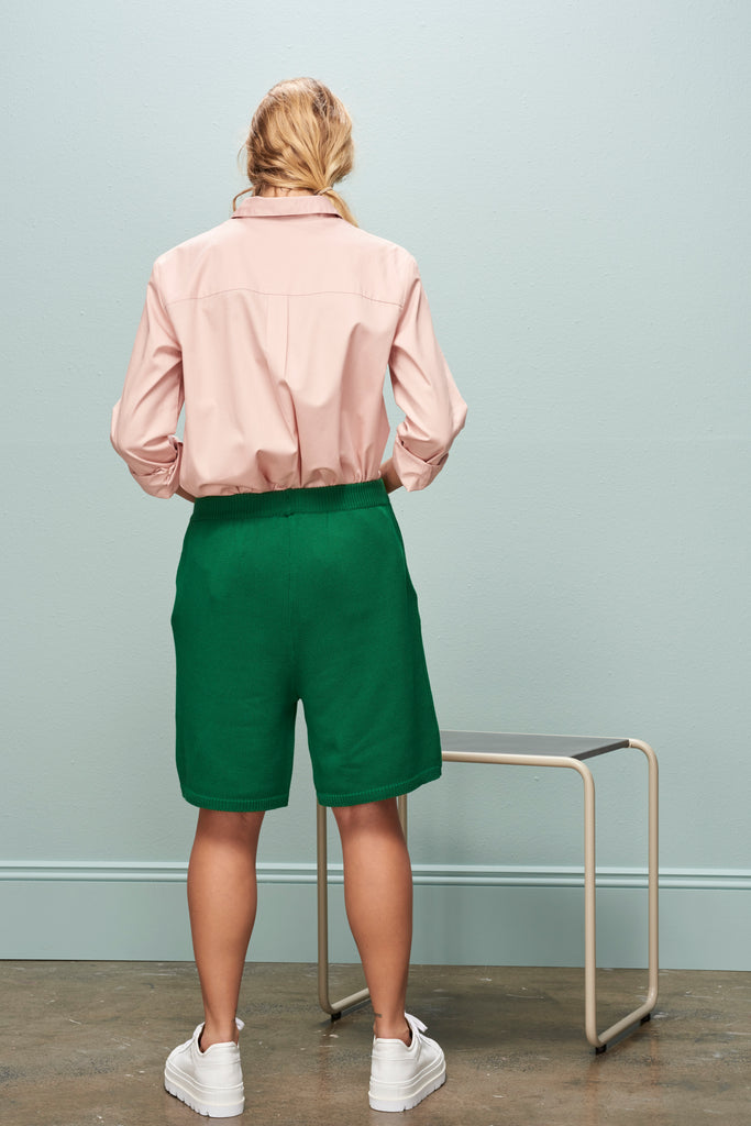 SOLD OUT Kowtow Pavement Shorts Evergreen