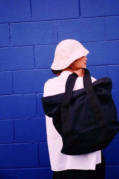 Klay Roll Down Canvas Bag - Black
