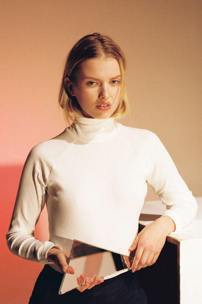 SOLD OUT Permanent Vacation Ribbed Turtleneck White