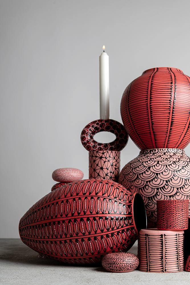 Small candle holder | Red with black oriental