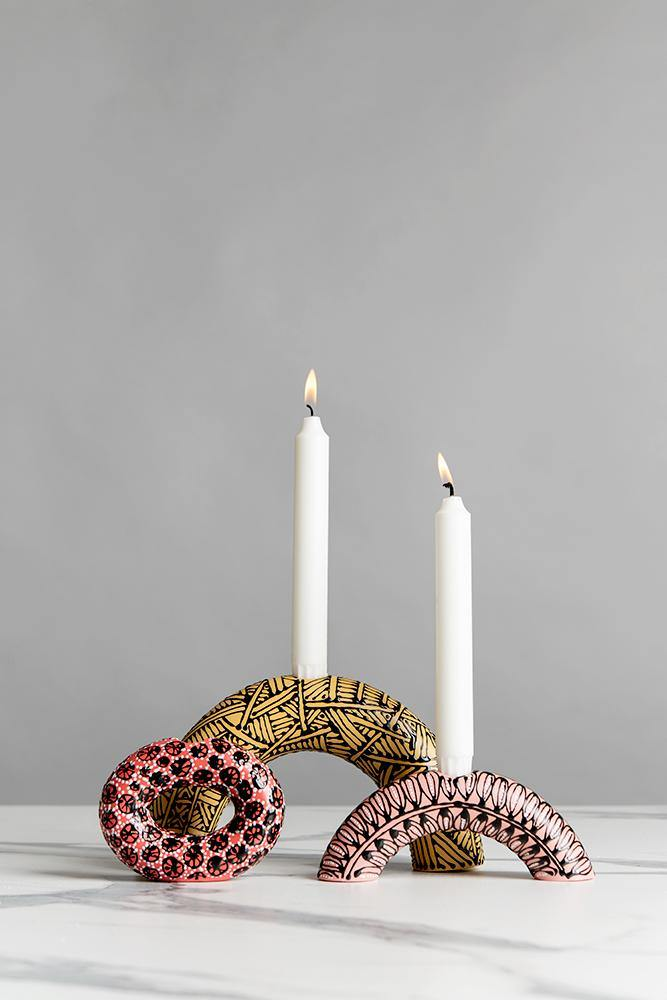 Medium circle candle holder | Red with B&W flowers - Maiyan Ben Yona - Ceramic Studio