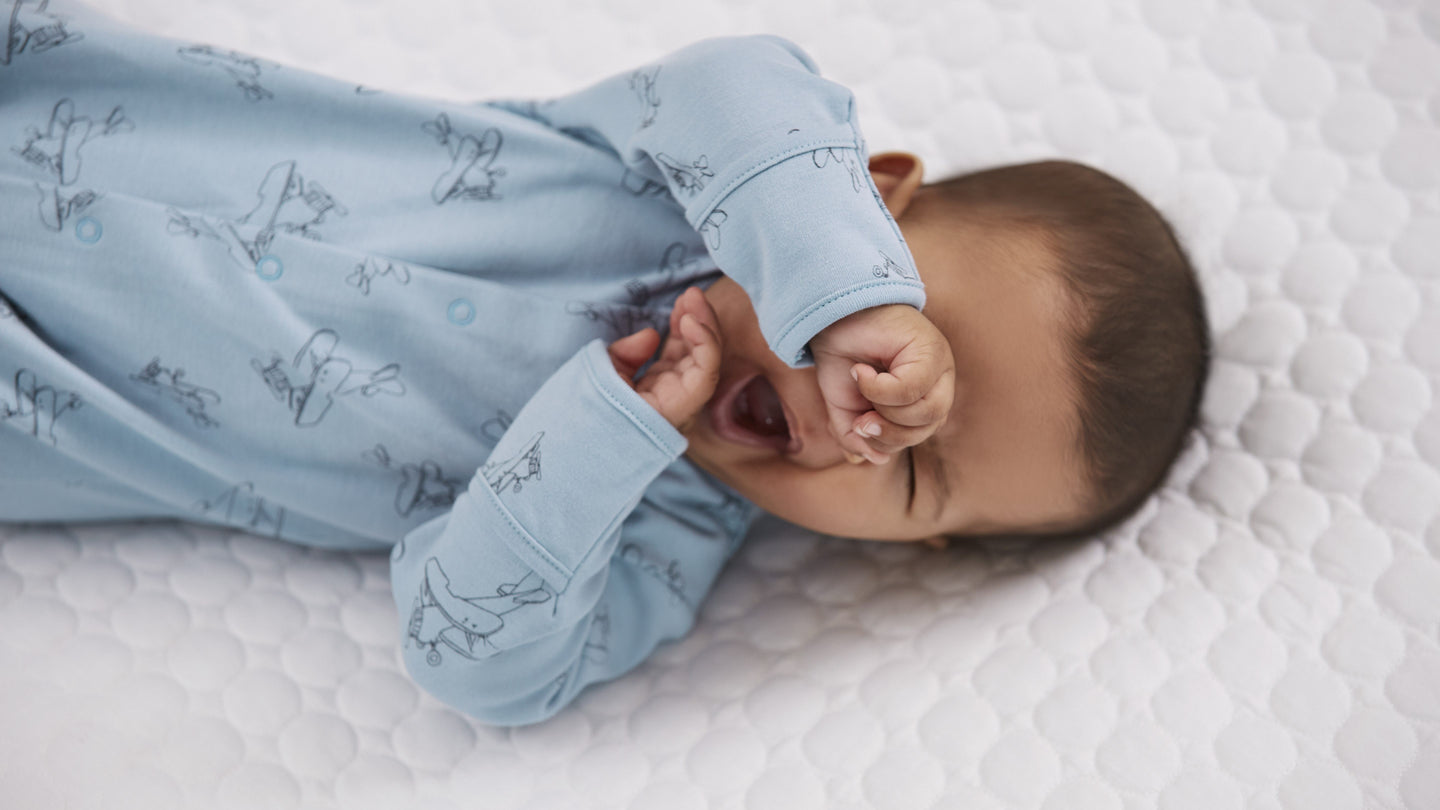 A Sleep Expert's Guide to Helping Your Baby Nod Off
