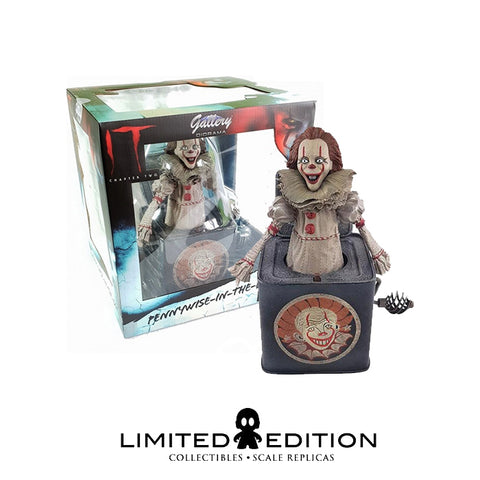 IT PENNYWISE PVC GALLERY STATUES