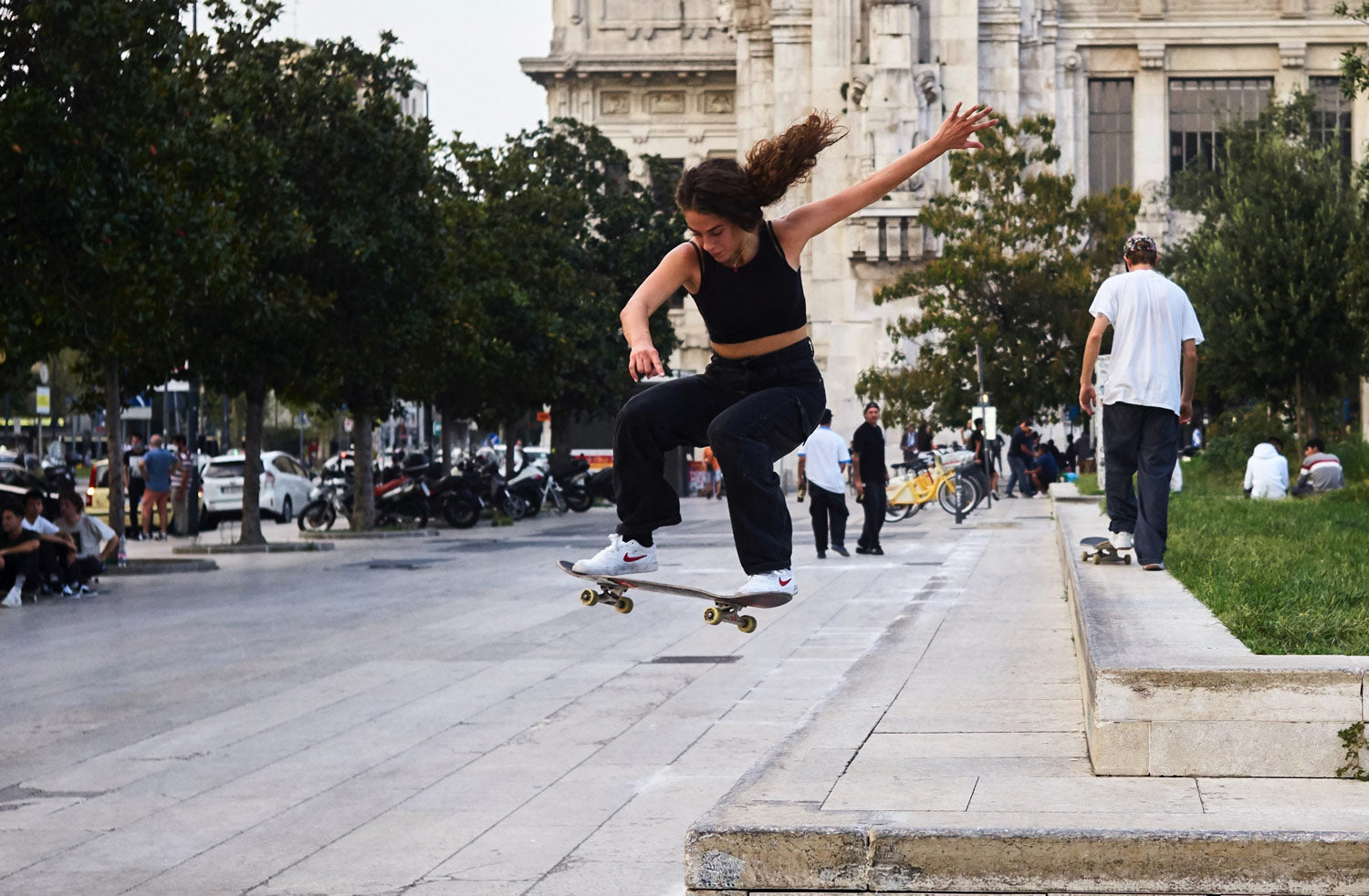 Milano Centrale's skaters: a community within the community