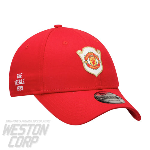Manchester United 9Forty Adjustable Cap The Treble 1999 Scarlet